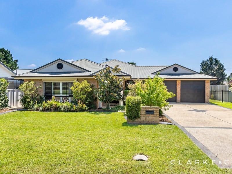 9 Adams Street, Heddon Greta, NSW 2321