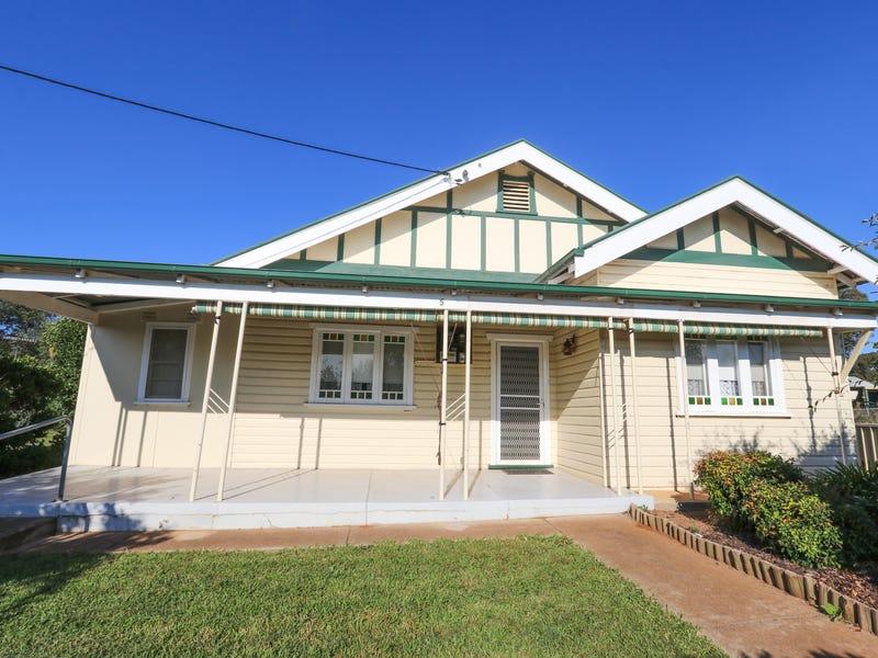 5 Junee Road, Temora, NSW 2666