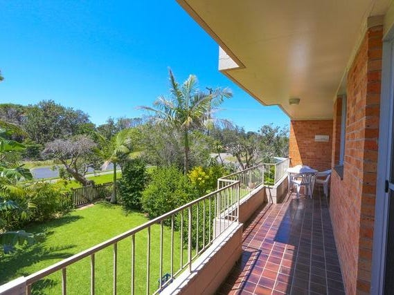 "8/21 Beach Road ""Seacrest"" Road, Hawks Nest, NSW 2324"
