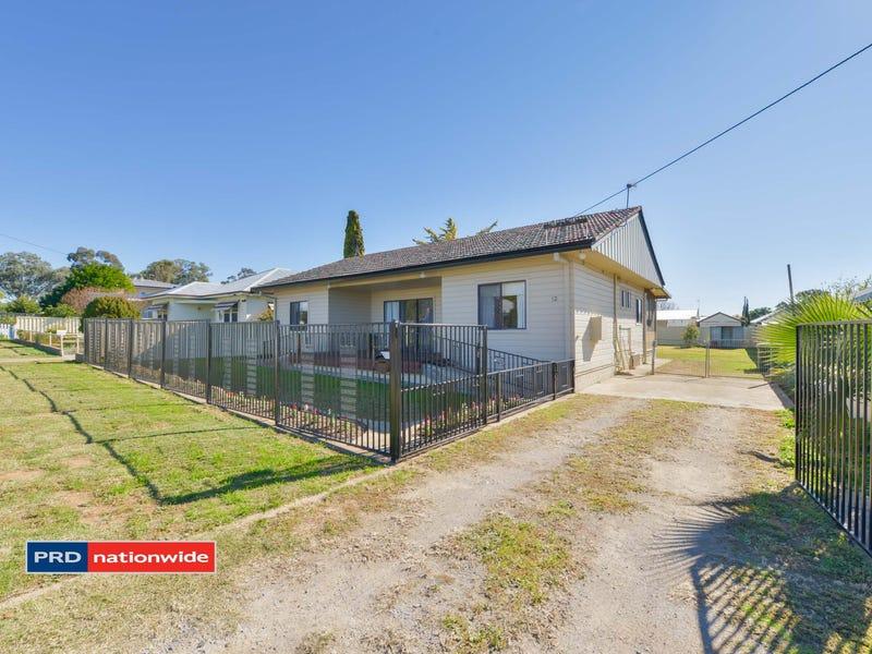 12 Preston Avenue, Tamworth, NSW 2340