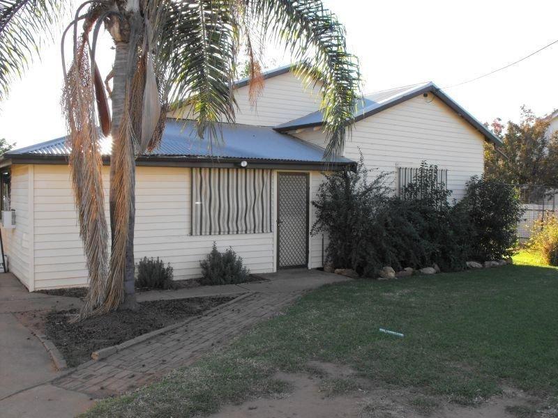 96 Wambiana, Nyngan, NSW 2825