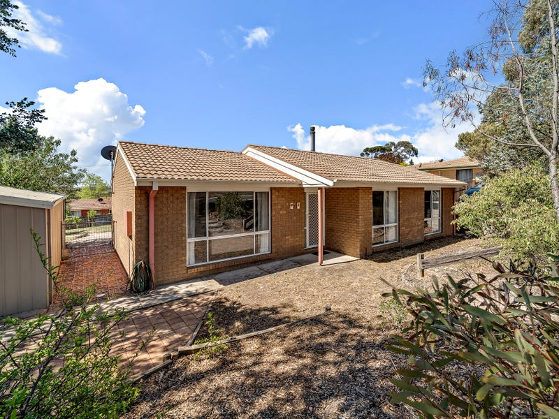 9 Goldfinch Circuit, Theodore, ACT 2905