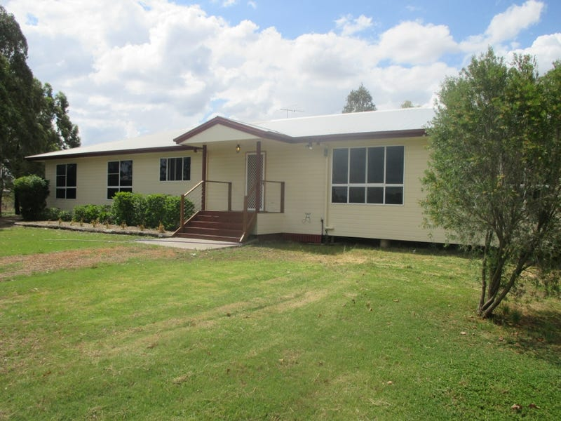 15 Carindale Dr, Dalby, Qld 4405