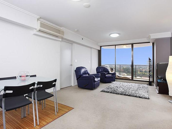215/13-15 Hassall Street, Parramatta, NSW 2150