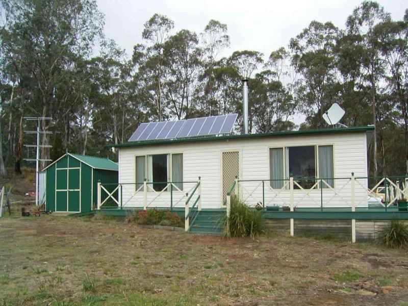 Address available on request, Hollow Tree, Tas 7140