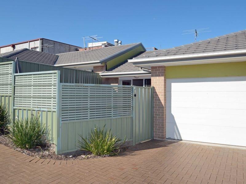 2/17 Hampden Street, Kurri Kurri, NSW 2327