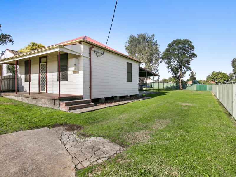 28 First Street, Boolaroo, NSW 2284