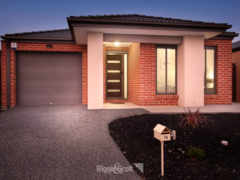 10 Rowling Drive, Officer, Vic 3809