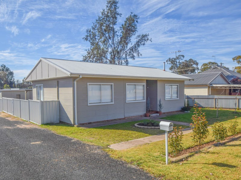 3 Allanan Street, Young, NSW 2594
