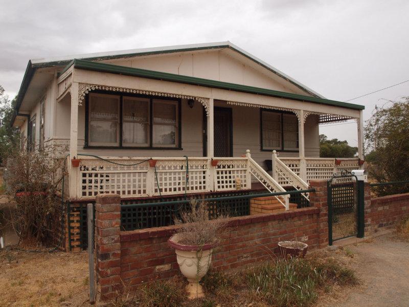 2 Deakin Street, Beckom, NSW 2665