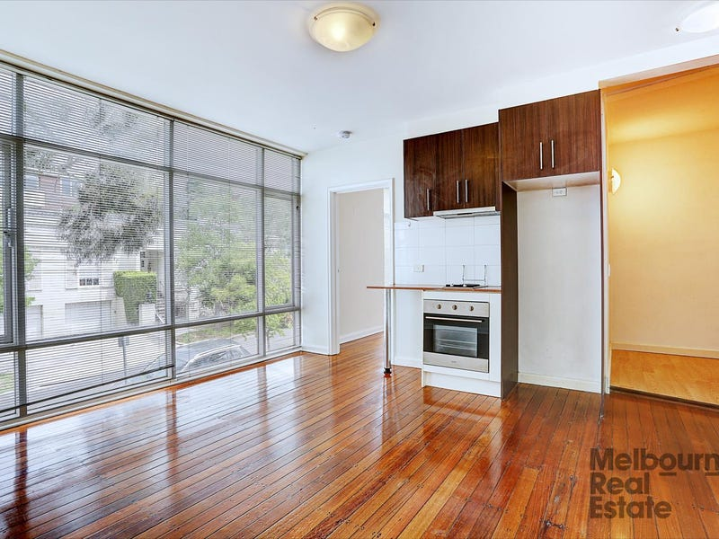 5/4 Witchwood Close, South Yarra, Vic 3141