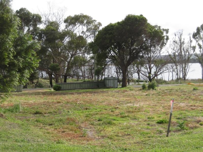14 Boomer Jetty Road, Boomer Bay, Tas 7177