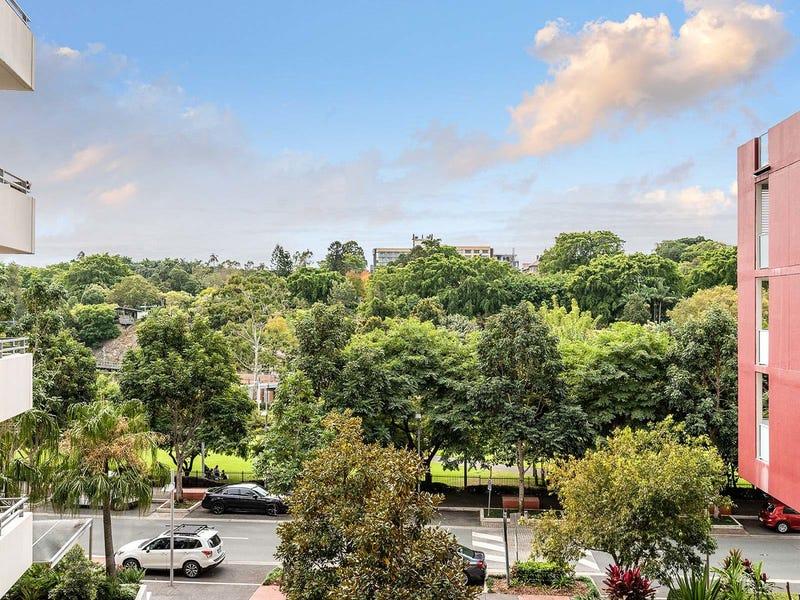 3005/3-7 Parkland Boulevard, Brisbane City, Qld 4000
