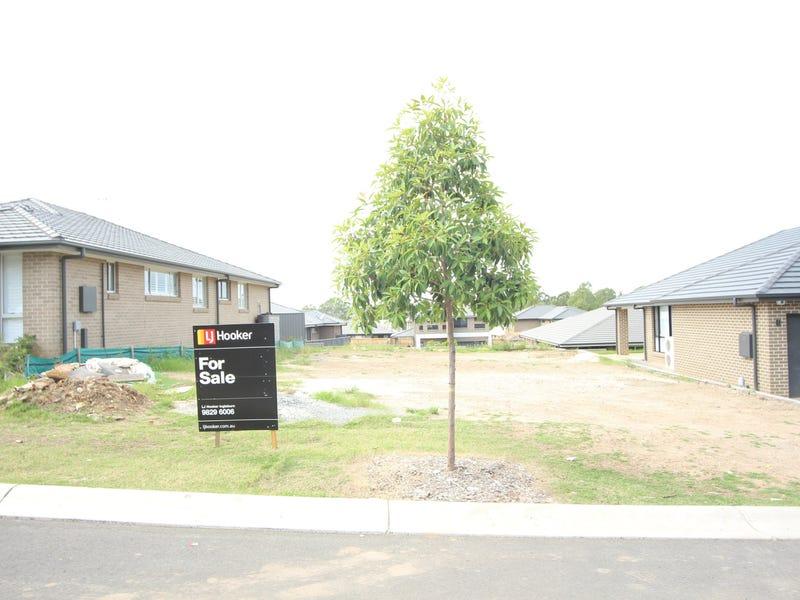 23 Fleming Drive, Campbelltown, NSW 2560