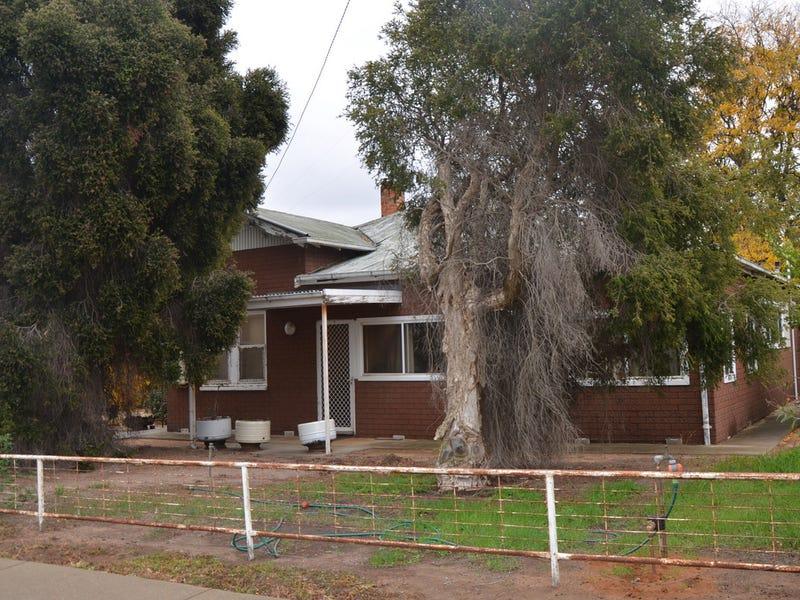 38 Wakool Street, Barham, NSW 2732
