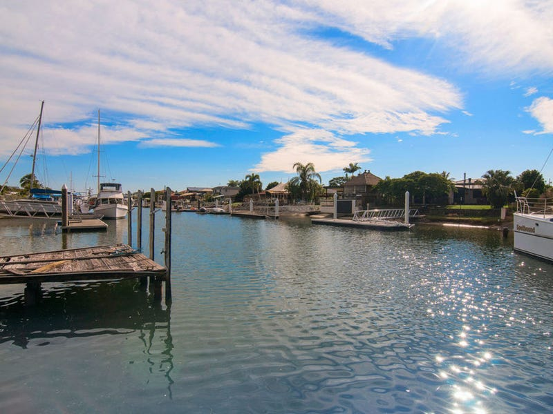 65 Oxley Drive, Paradise Point, Qld 4216