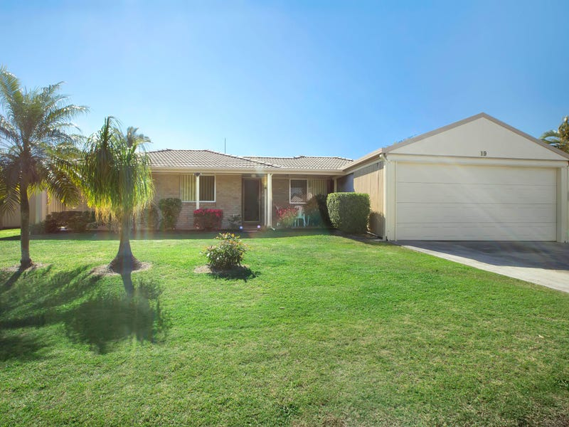 19 Sunbird Chase, Parrearra, Qld 4575