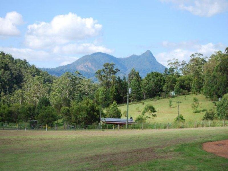 10 Waratah crt, Mount Burrell, NSW 2484