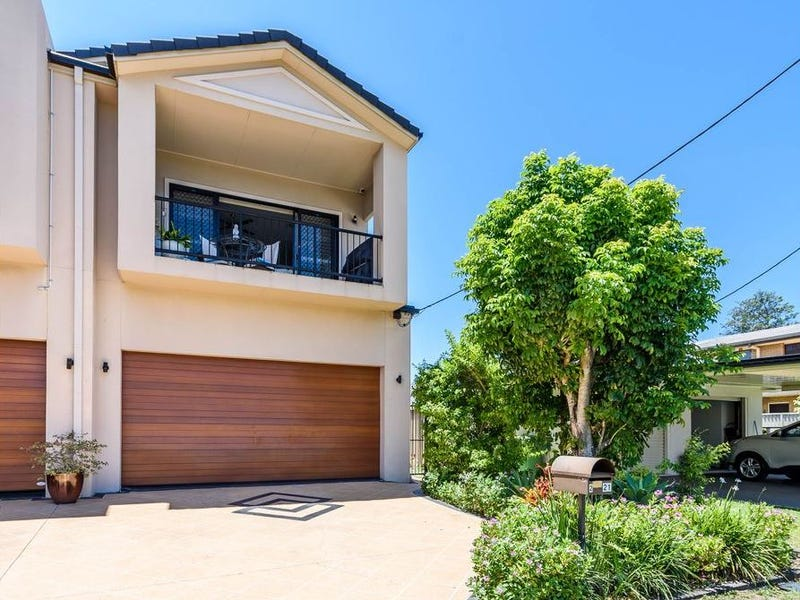 2/21 Abalone Avenue, Paradise Point, Qld 4216