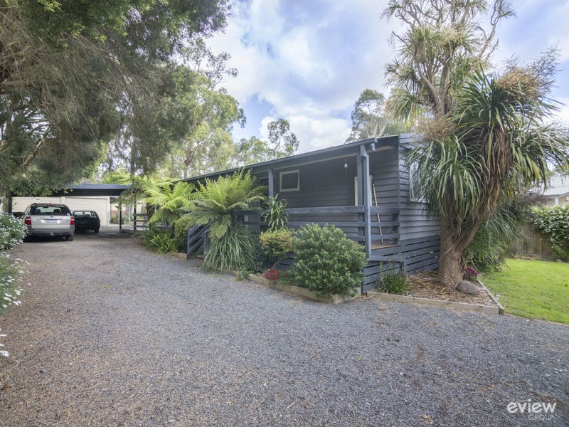 8 Badger Weir Road, Badger Creek, Vic 3777