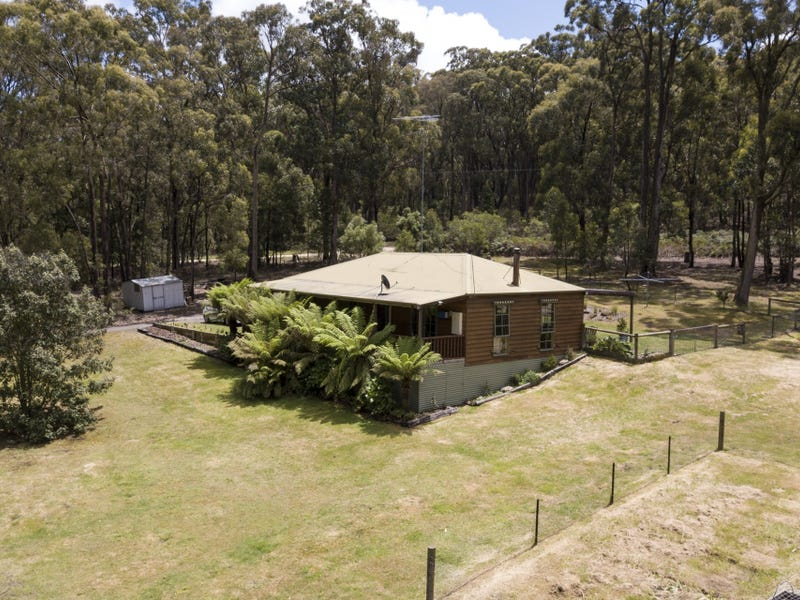 78 Cemetery Road, Mount Egerton, Vic 3352