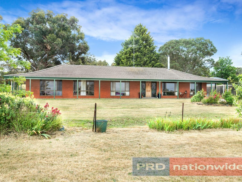 94 Clarendon-Lal Lal Road, Clarendon, Vic 3352