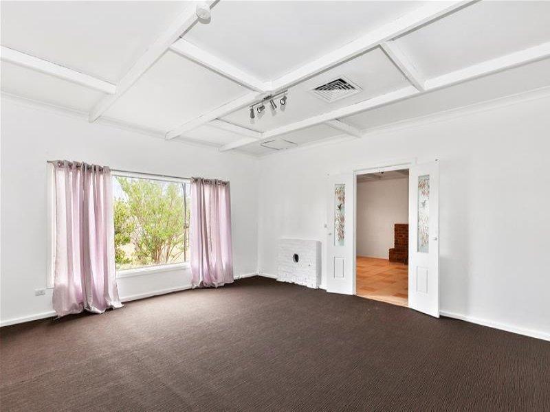 26 Nott Street, Dunedoo, NSW 2844