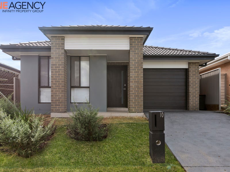 10 Beckhaus Street, Gregory Hills, NSW 2557