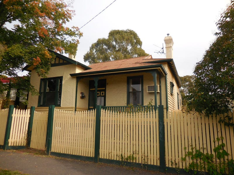 66 Carpenter Street, Quarry Hill, Vic 3550