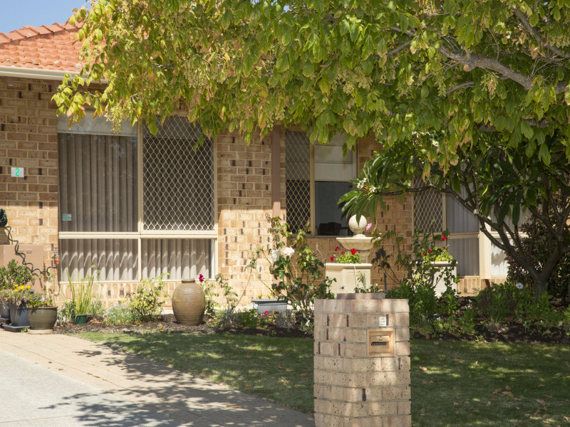 2 Huron Estate/14 Lewington Gardens, Bibra Lake, WA 6163