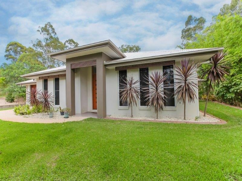 31 Azure Avenue, Banks Pocket, Qld 4570