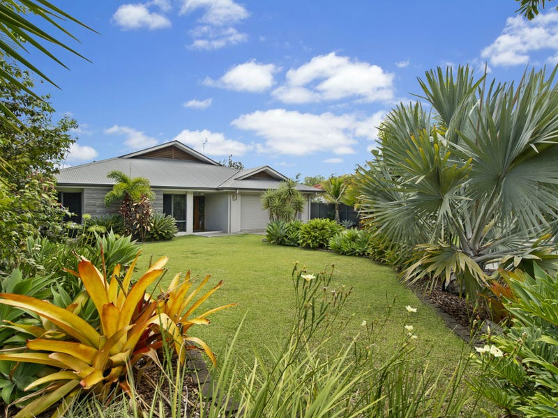 4 Brand Place, Mooloolah Valley, Qld 4553