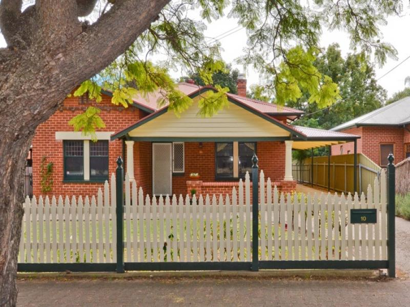 10 Byron Road, Black Forest, SA 5035