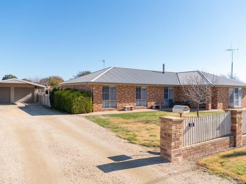 2 Farm Street, Boorowa, NSW 2586