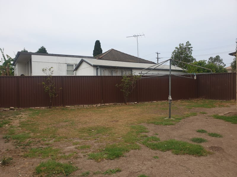 18a Railway Street, Old Guildford, NSW 2161