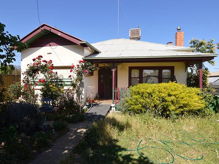 24 Millie Street, Dareton, NSW 2717