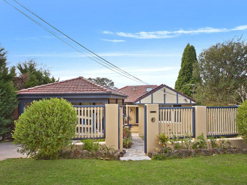 13 Victoria Avenue, Middle Cove, NSW 2068