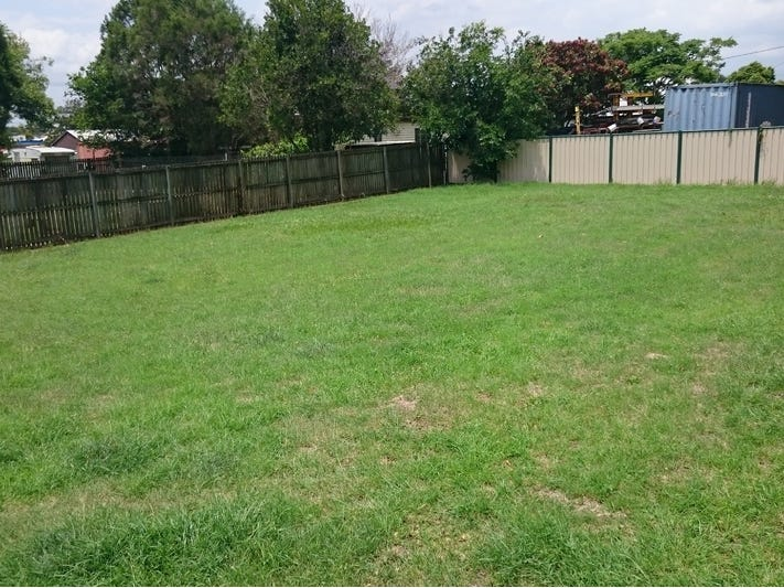 61 Dudleigh Street, North Booval, Qld 4304