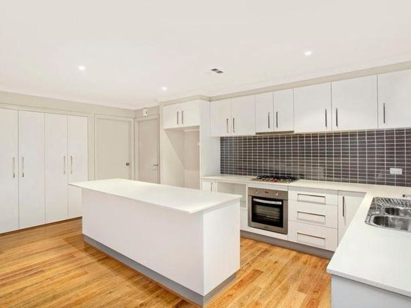 27 Plimsoll Drive, Casey, ACT 2913