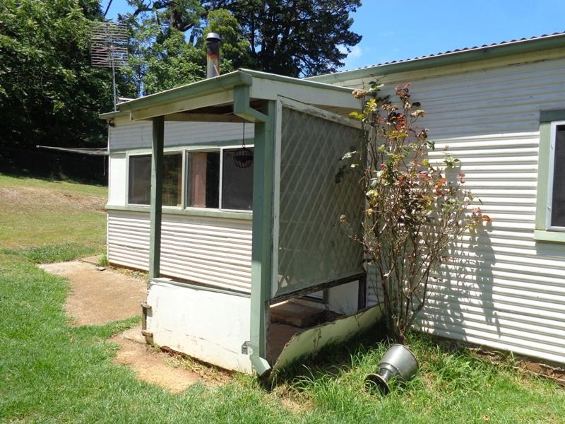12 McGraths Road, Burrawang, NSW 2577