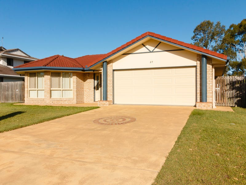 27 Bowerbird Ave, Eli Waters, Qld 4655