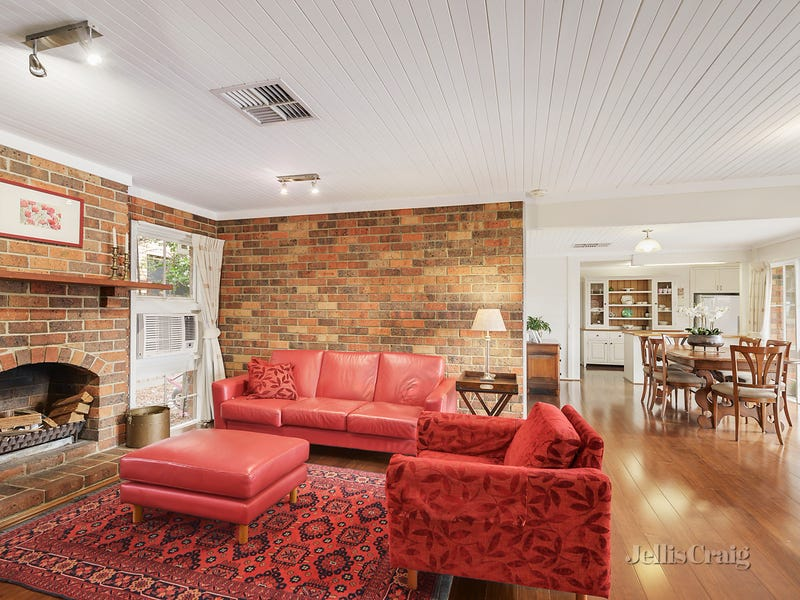 9 Toulon Drive, Templestowe Lower, Vic 3107