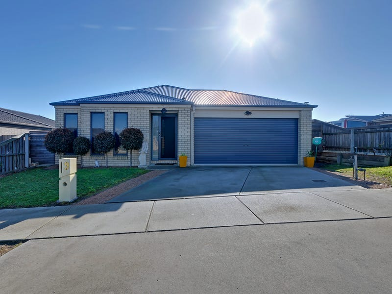 9 Holly Lane, Traralgon