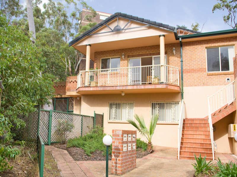 1/2 Macquarie Road, Earlwood, NSW 2206