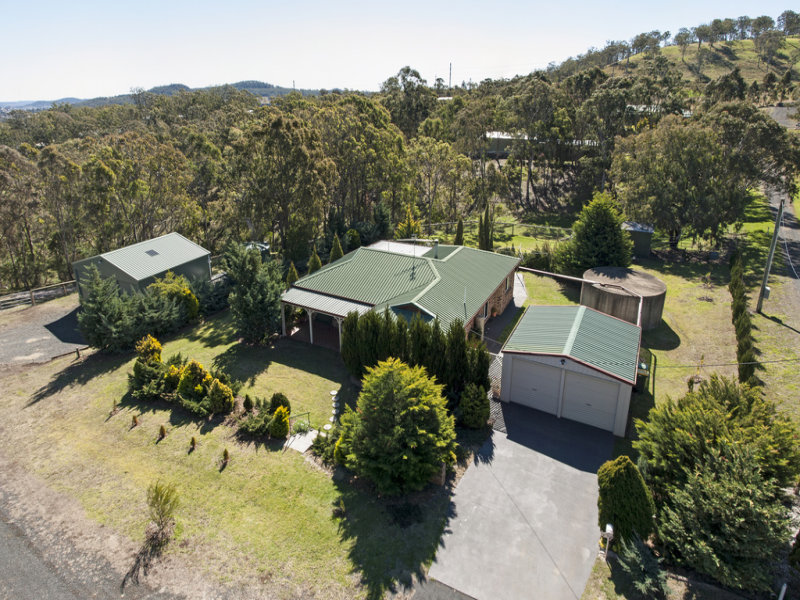 4 Wehl Court, Mount Rascal, Qld 4350