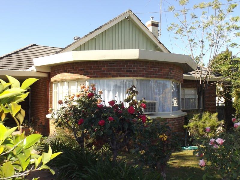 48 Redlands Road, Corowa