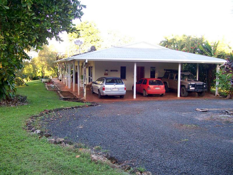 244 Loudon Road, East Palmerston, Qld 4860