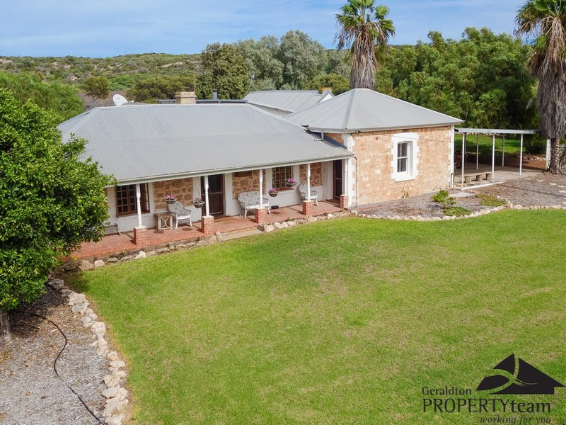 1237 Company Road, Greenough