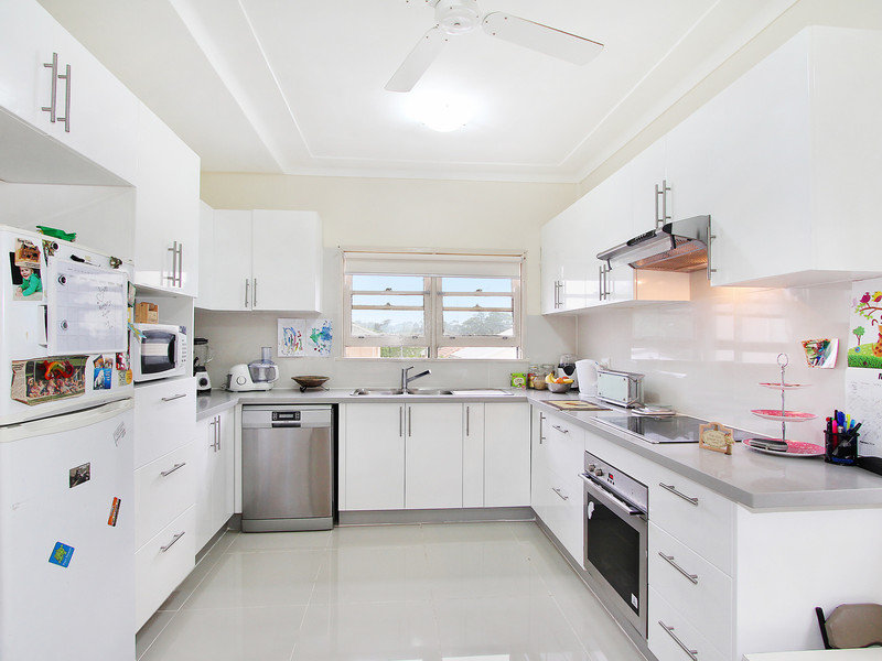 47 Grandview Drive, Campbelltown, NSW 2560