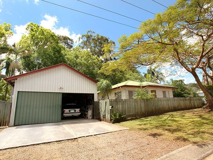 18 Court Road, Nambour, Qld 4560
